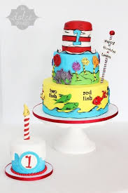 dr seuss birthday cake and smash cake storybook cakes