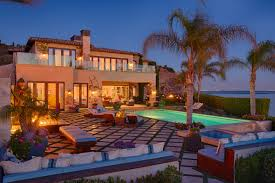 Yolanda Foster Home Decor Gigi Hadid U0027s Childhood Home And Malibu Mansion Of The Real