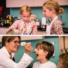 cuisine famille vivez un cours de cuisine en famille aux papilles à la fête
