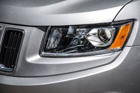 jeep grand cherokee lights 2014 jeep grand cherokee v 6 and v 8 first tests truck trend