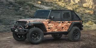700 hp jeep wrangler jeep built a 700bhp hellcat powered wrangler