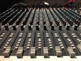 Sound Desk London Music Production U0026 Sound Engineering Courses