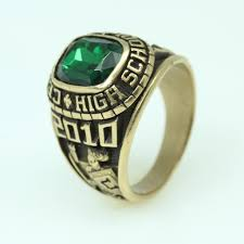 highschool class ring 10kt gold 12 7g high school class ring with green property
