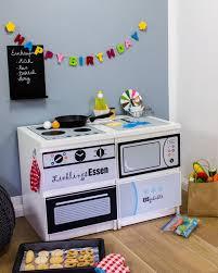 kinderküche bauen ikea kinderküche selber bauen möbel sticker diy play kitchen