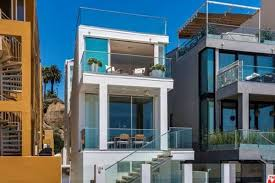 number of expensive houses sold has doubled in santa monica this