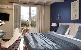 chambre avec dans le sud chambre supérieure avec terrasse cote sud hôtel piscine provence