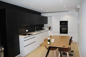 cuisine blanche et noir cuisine et blanche id es d co pour une cuisine chic et l