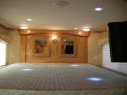 rawhide living quarters horse trailers