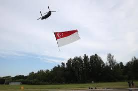 Singapore Flag Button It Takes 300 Men To Get Flag Flying Singapore News U0026 Top Stories