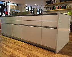 inselküche abverkauf musterküchen küchenmagazin düsseldorf gmbh in düsseldorf