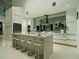 Kitchen Splash Guard Ideas Best 25 Mirror Splashback Ideas On Pinterest Kitchen Splashback