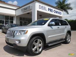 jeep 2011 grand for sale 2011 jeep grand overland in bright silver metallic