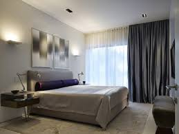 rideaux pour chambre adulte rideau au plafond pour augmenter la hauteur decoration idea