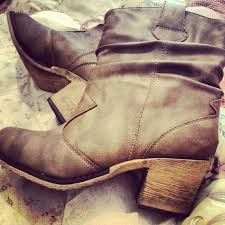 buy boots shoes a gift card to rue 21 so i can buy some boots like these but
