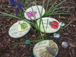 Easy Diy Garden Decorations Easy Diy Garden Projects With Stones Quiet Corner