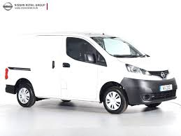nissan commercial van nearly new nissan for sale e nv200 tekna rapid van auto white