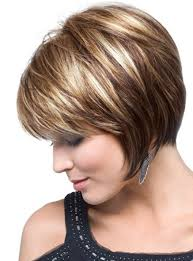 layered highlighted hair styles casual layered graduated bob cut with highlights short straight