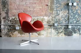 rare early leather adjustable swan chair by arne jacobsen at 1stdibs