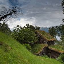 homes built into hillside 350 best maisons écologiques images on architecture