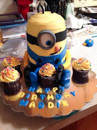 making a minion cake beyond the oven blahnik baker