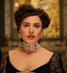 woman with necklace images Woman in gold portrait of a lost era jpg