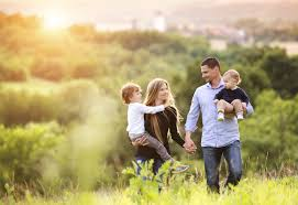 cheap family holidays 20 money saving travel tips myfamilyclub