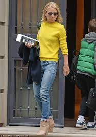 kelly ripa hair 2015 kelly ripa appears grief stricken as she heads to her morning show