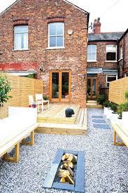Grassless Backyard Ideas Terraced House Yard Ideas