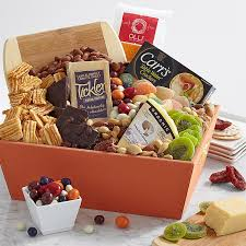 edible gift baskets send gift baskets gourmet gift baskets online shari s berries