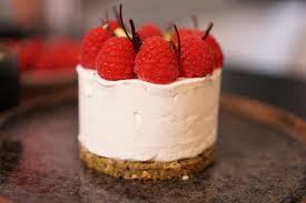 cheesecake hervé cuisine cheesecake aux framboises modern hervecuisine com