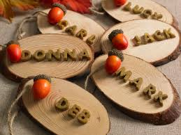 6 budget friendly thanksgiving tablescape diy ideas plaid