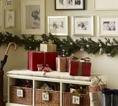 deco maison rustique décoration de noël pour un intérieur en rouge design feria