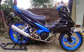 modif jupiter z hitam striping ala aprilia rsv4 motoblast modifikasi jupiter mx 11044610 778196918915783 894193784563336583 n