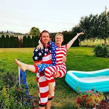 dax shepard kristen bell from celebrate fourth of july