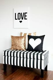 Black And White Bed For The Glam Gold Embellished Quatrefoil Bedding Looks Right