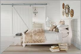 Vintage Looking Bedroom Furniture by Vintage Style Bedroom Decor