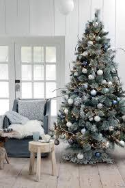 Deco Noel Exterieur Pas Cher by Best 25 Deco Noel Maison Ideas On Pinterest Decoration Noel