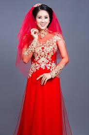 ao dai cuoi dep lê phương mặc áo dài cưới không đụng hàng thời trang báo phụ nữ