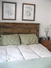 Rustic Wood Headboard Diy Rustic Headboard Takes A Total Of 3 6 Hours And Listed As