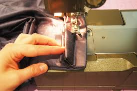 How To Make Pleats In Curtains How To Sew Pinch Pleat Curtains Nrtradiant Com