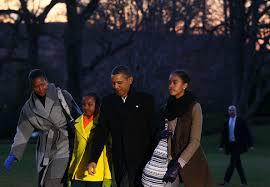 Obama First Family by Malia Obama And Sasha Obama Photos Photos First Family Returns