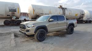 toyota tacoma 285 75r16 285 75r16 on all stock 2017 trd offroad tacoma