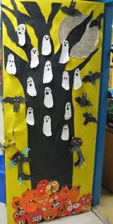 Kid Friendly Halloween Outdoor Decorations by Door Decorations For Halloween Classroom Decorations For Halloween