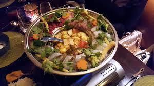 fondue vietnamienne cuisine asiatique dégustation de la fondue vietnamienne photo de le sourire de