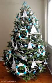 unique ways to decorate a nautical tree tree