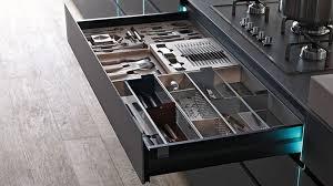 cassetti per cucina cassetti cucina tutto organizzato al meglio attrezzature interne