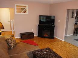 comfortable six bedroom home with a tub a game room two