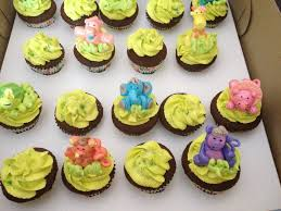 animal cupcakes for baby shower baby shower diy