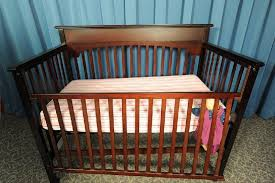 cpsc issues warning on drop side cribs 32 fatalities in drop side