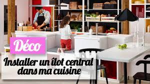 ilot central dans cuisine installer un îlot central dans une cuisine les conseils d un pro